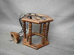 Lampadario Antico In Legno : Antico lampadario piccolo per appendere in legno vintage 70s
