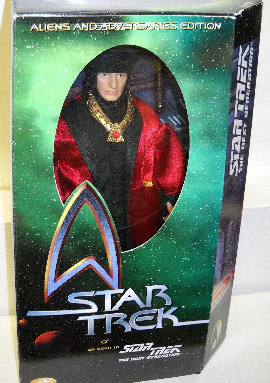 3443 NRFC Playmates Star Trek the Next Generation Q 12  Figure & Action Figure
