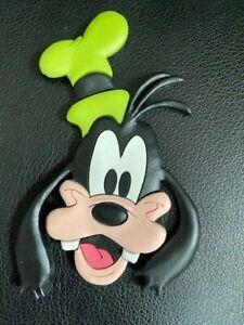 WALT-DISNEY-MAGNET-VINTAGE-theme-park-souvenir-Goofy-hat-head-face