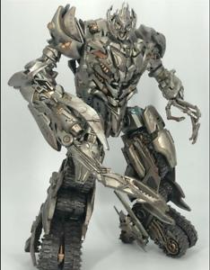 Juguete Transformers GOD-11S ruinas Color Diablo Tanque Megatron daño de batalla