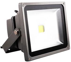 led aussenbeleuchtung baustrahler haus hof garten fluter ip65 30w 230v 2000lm ebay. Black Bedroom Furniture Sets. Home Design Ideas