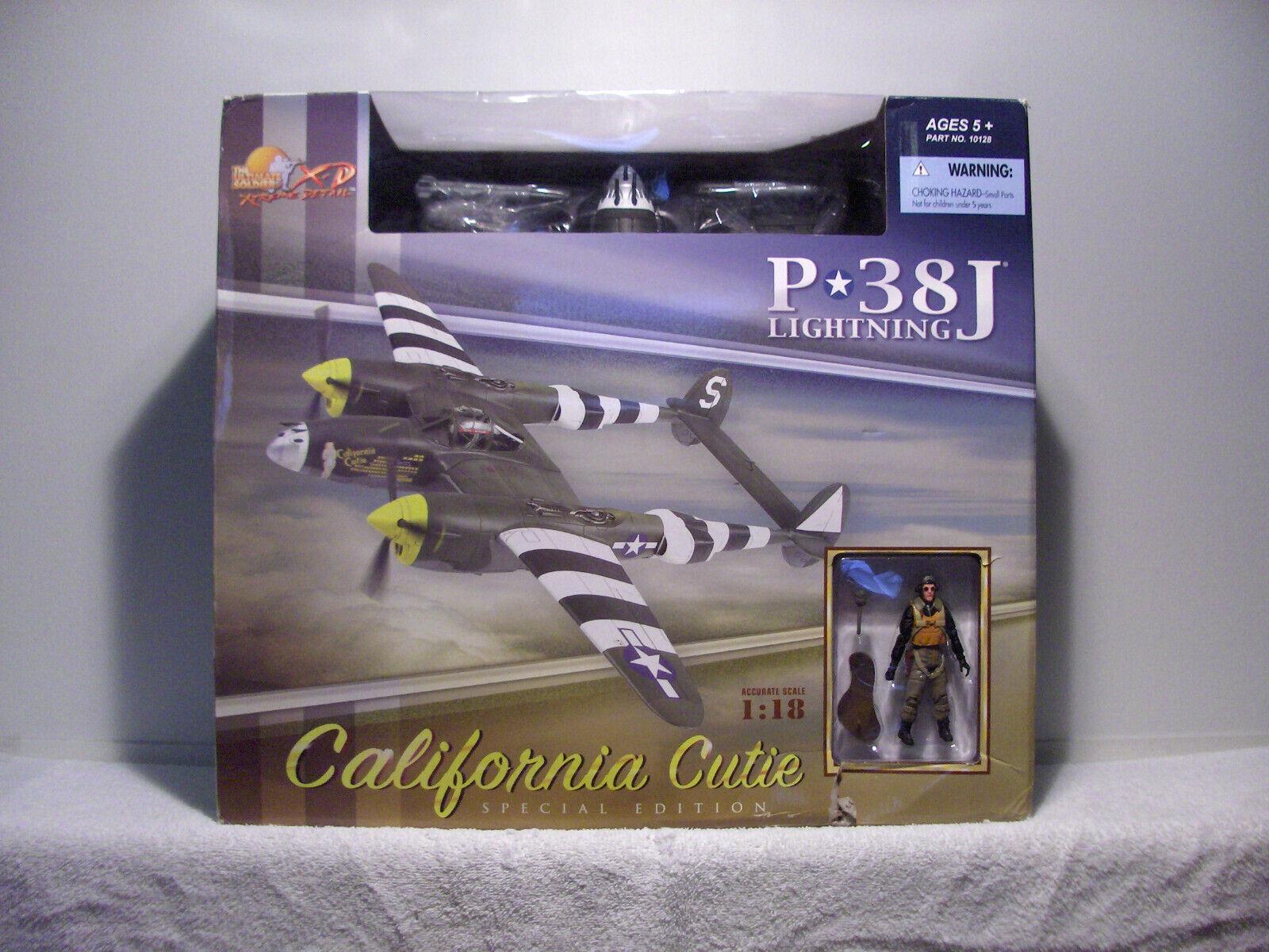 1 18 21st Century Juguetes Soldado definitivo P-38J  California  Cutie