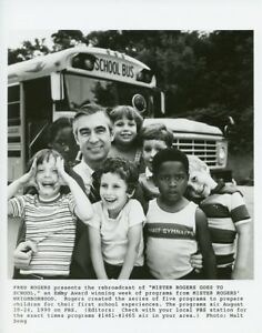 Fred Rogers And Kids School Bus Mister Rogers Neighborhood 1990 Pbs Tv Photo Ebay