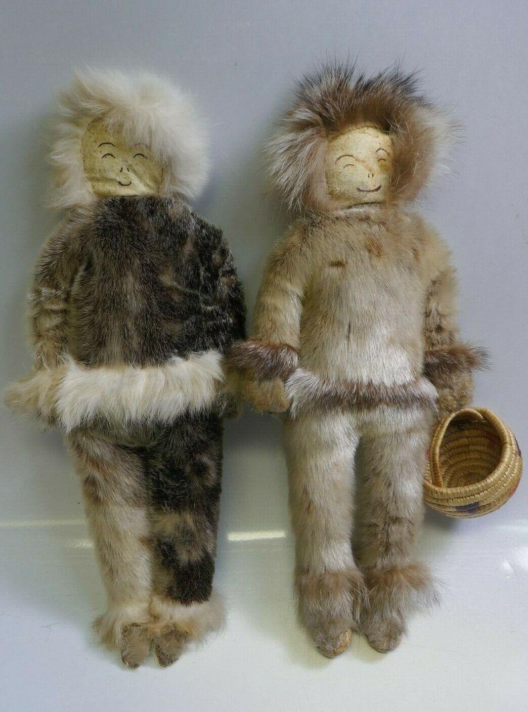 Par De Muñecas Vintage inuit de Alaska con la cesta tejida a mano - 15  De Alto