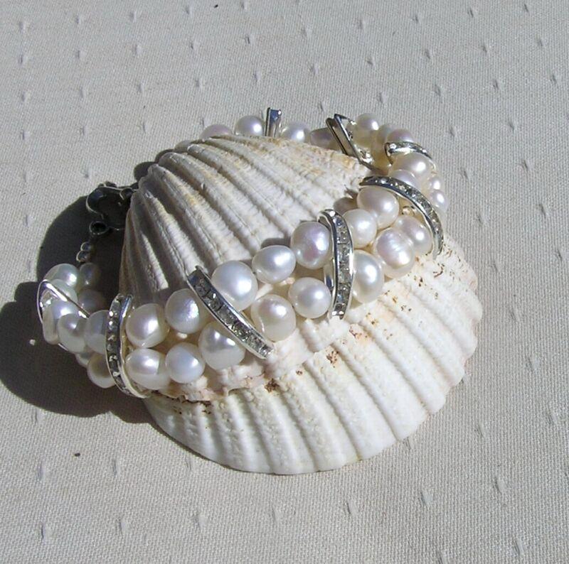 "White Freshwater Pearl Glamour Bracelet ""vanilla Crush"""