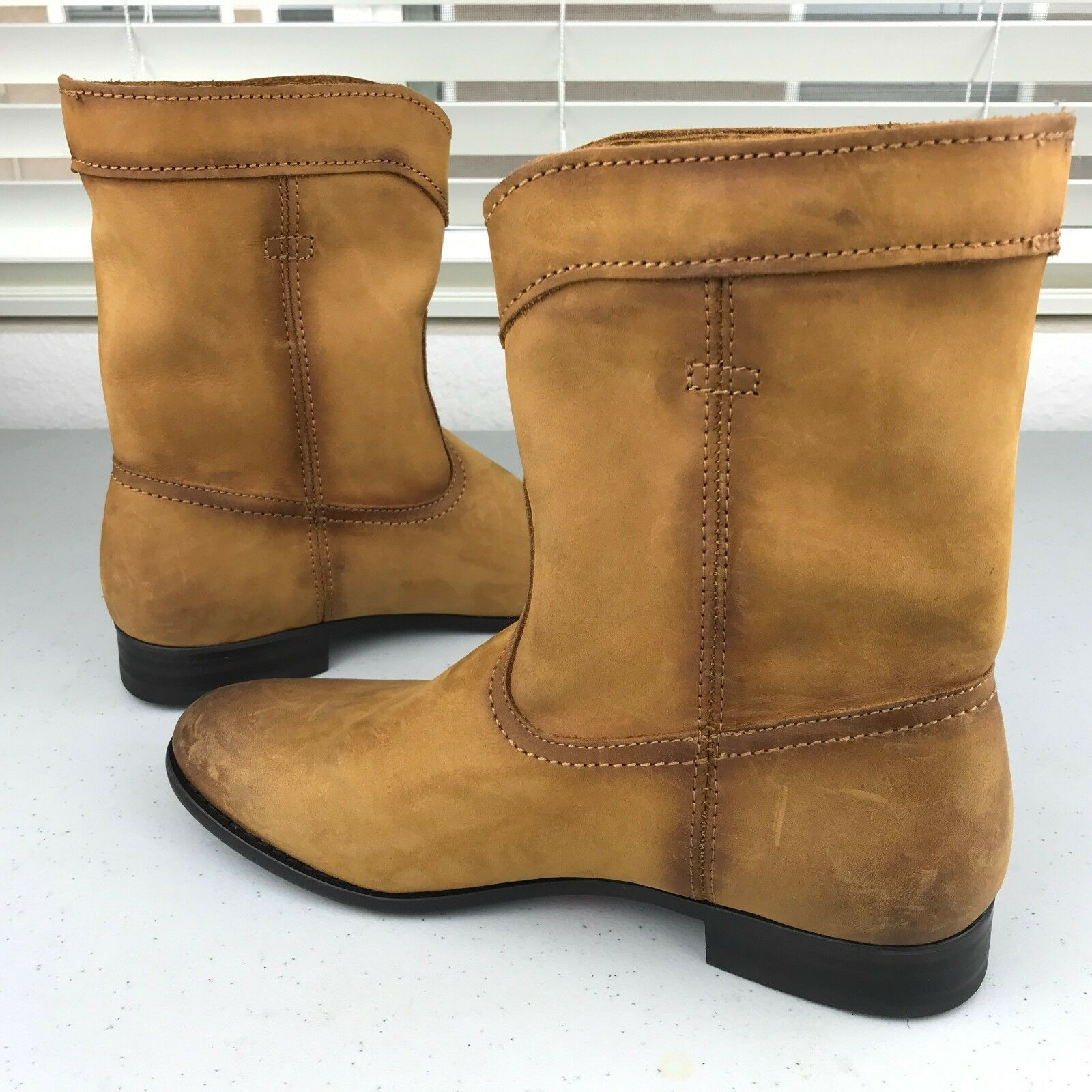 NEW Frye Womens Womens Womens Western Short Ankle Bootie Boots Cognac Distressed Sz 6 271ac0