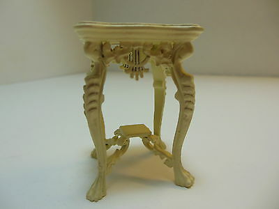 Dollhouse Miniatures Furniture  3553et Ornate End Table