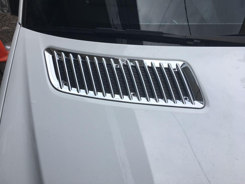 2006-2017 MERCEDES SPRINTER W906 CROMO COFANO bordo del cappuccio di ventilazione 2pcs ABS