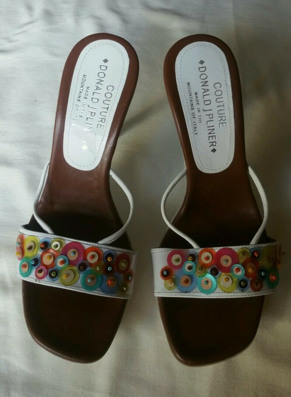 DONALD J PLINER COUTURE SANDAL SIZE 8.5 WHITW PATENT LEATHER