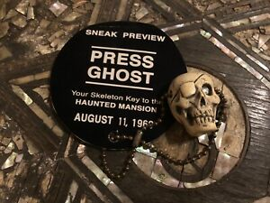 034-PRESS-GHOST-034-Sneak-Disneyland-RARE-Haunted-Mansion-1969-Skull-PressPass-PROP