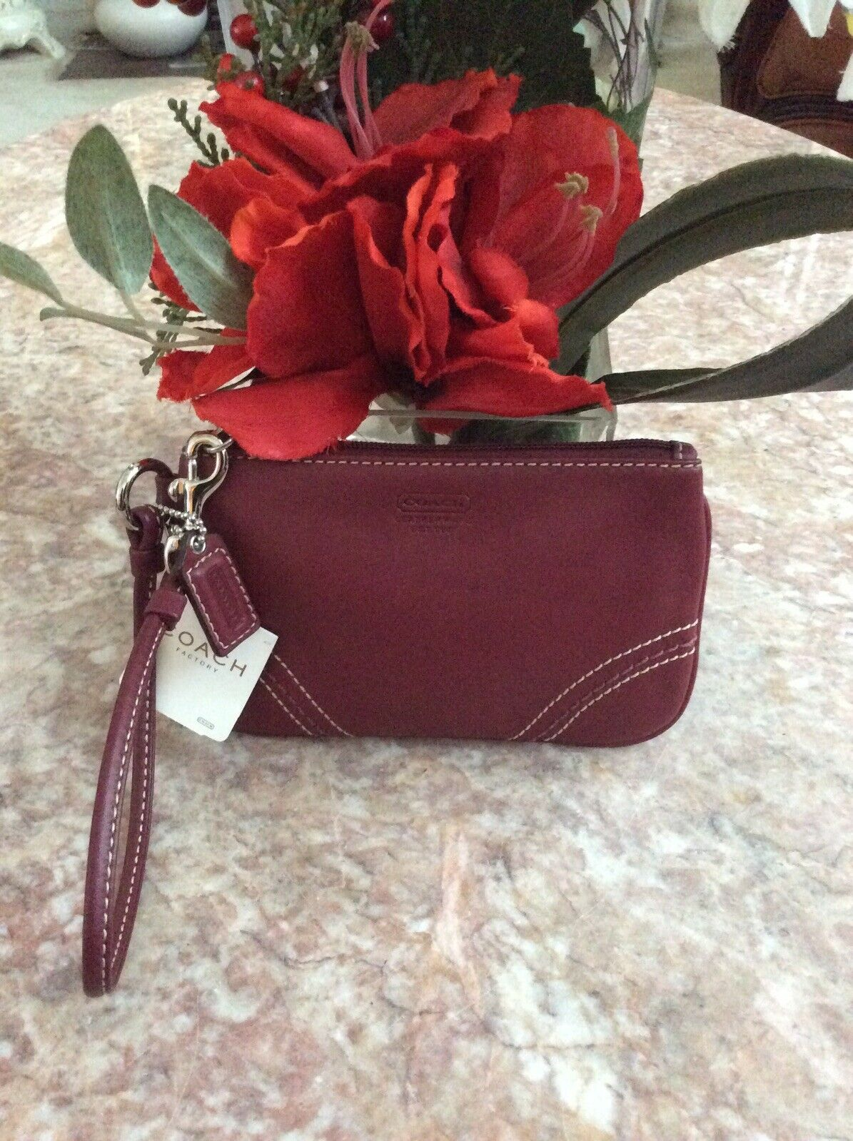 NWT Coach Berry Red Leather Small Wristlet F40575, Retail