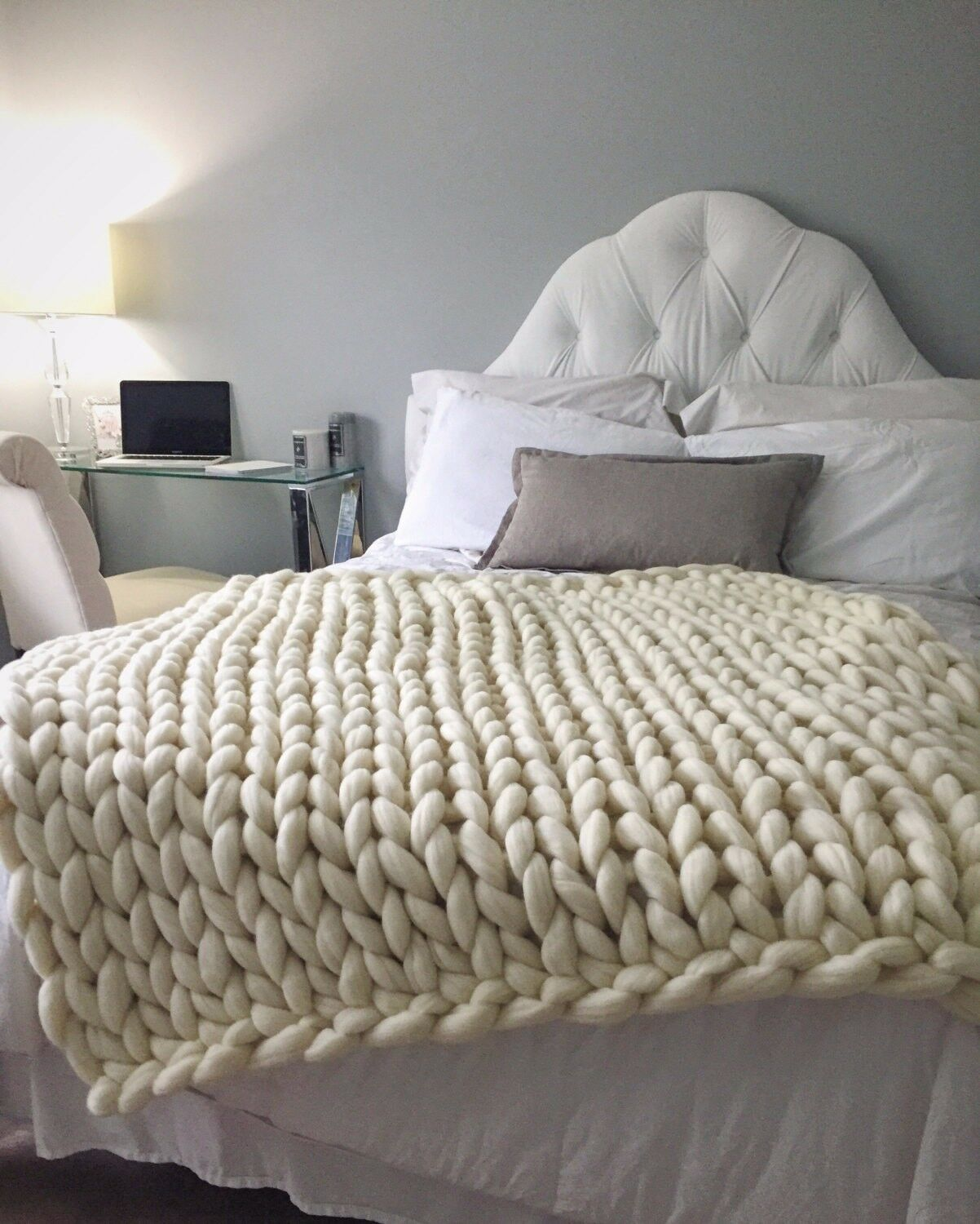 40 x 64in, US Top Quality Merino Wool Chunky Knit Blanket, Hand Made Soft Throw