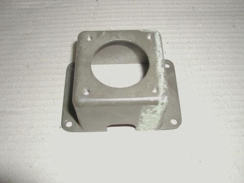 1 Stück DKW Munga 0,25 t Steckdosenhalter alu BW 3035 415 15 00 000