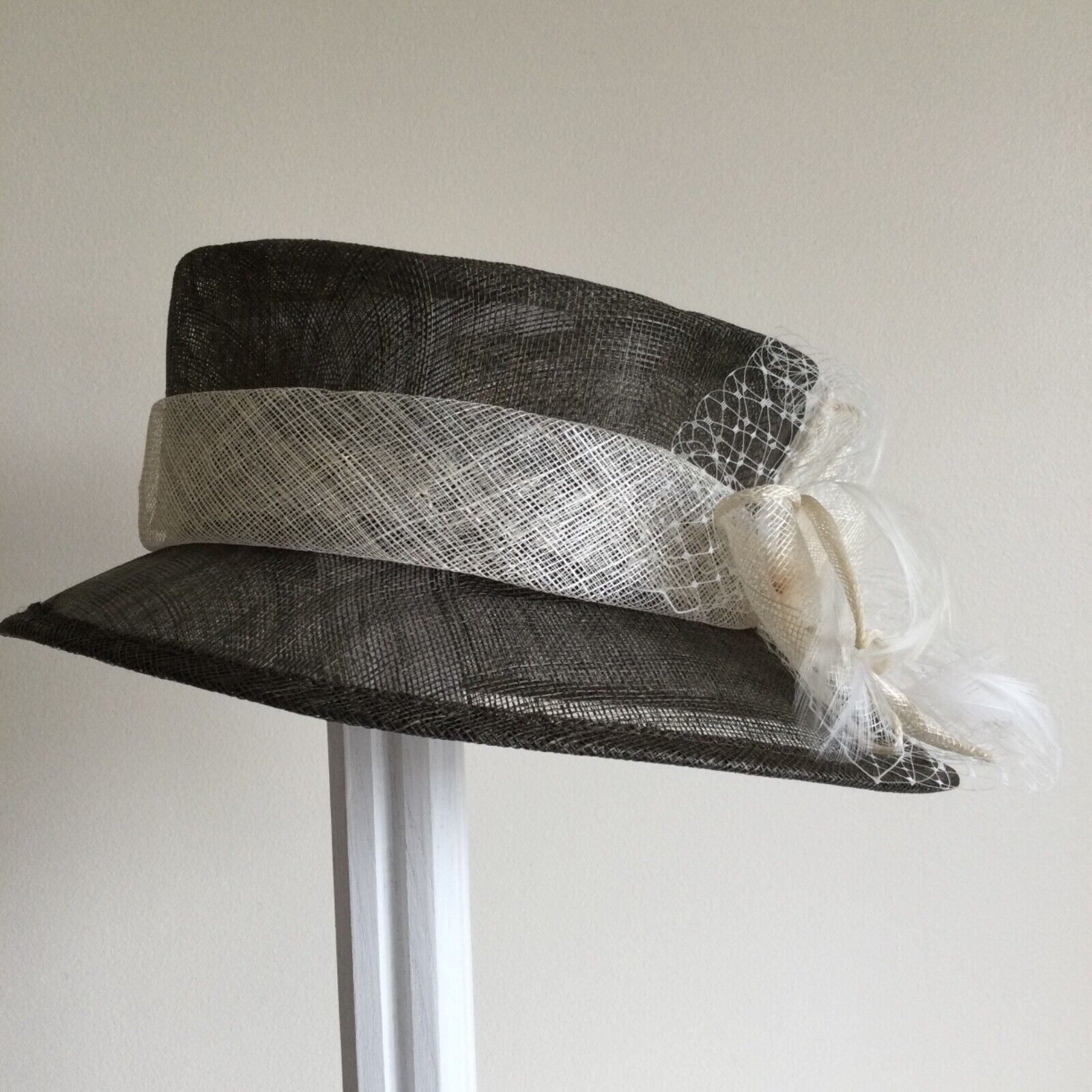 Ladies Brown Straw Hat with Natural Bow, Feather & Net Trim Wedding Formal