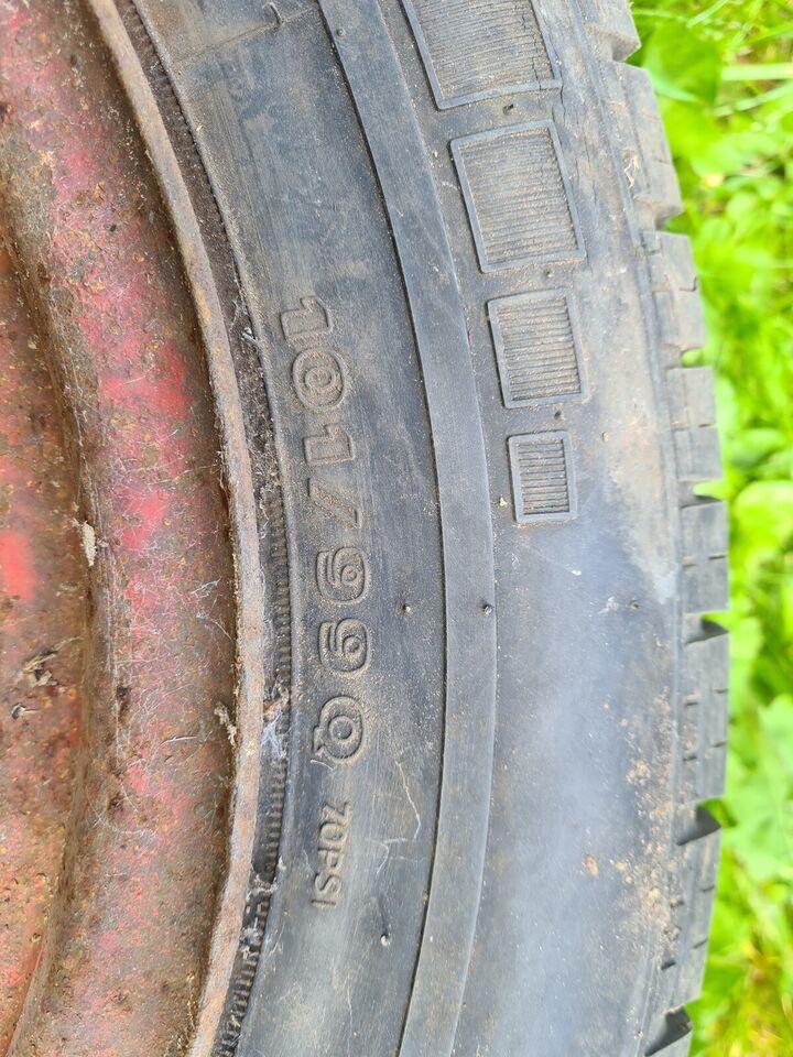 Traktor fælg og dæk