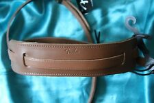 Fender Deluxe Vintage Tan Leather Strap with Shoulder Pad, MPN 0990664021