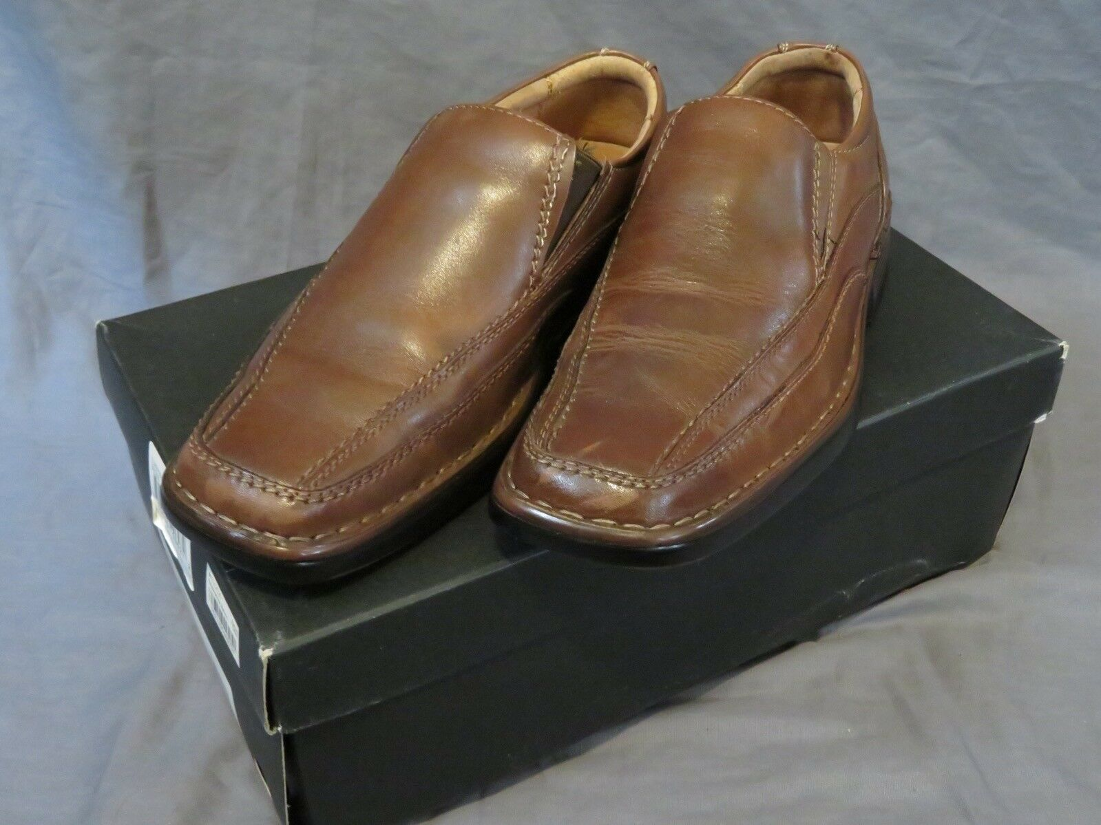 """Men's Alfani """"Elmer"""" Brown Leather Slip-On Loafers Size 7 Worn Only A Few Times"""
