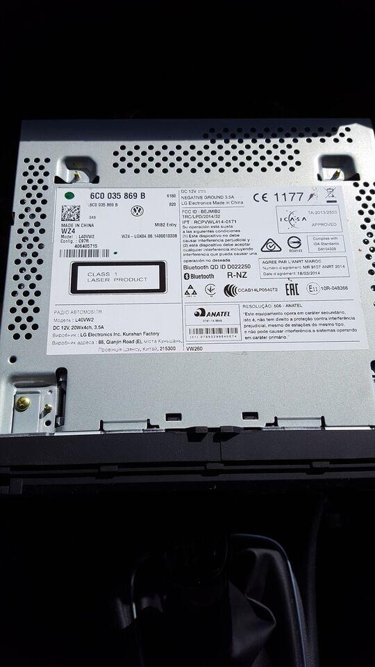 Multimedia system, VW