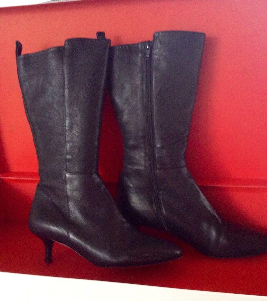 DKNY women Karen NewYork low heel mid calf Black leather boot 8 M