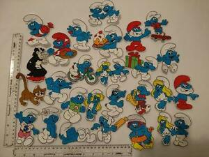 1-NEW-SEW-OR-IRON-ON-EMBROIDERED-SMURFS-CHARACTER-MOTIF-PATCH-BADGE-APPLIQUE