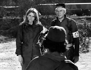 THE-BIONIC-WOMAN-LINDSAY-WAGNER-TV-SHOW-PHOTO-82