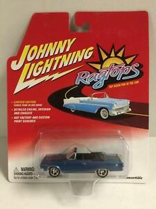 1967 Plymouth GTX Cabrio  Light Blue Poly**RR** Johnny Lightning Muscle 1:64 OVP