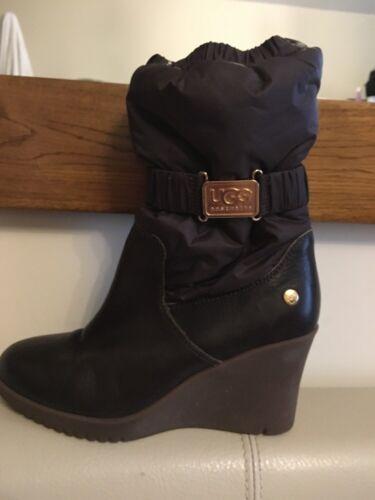 Brown 3 Boots Sz Ugg Australia 5wqO5v