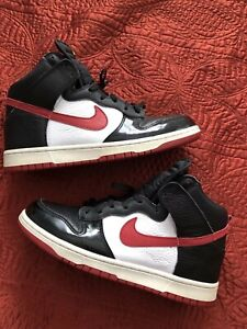 timeless design 6ac21 bce83 Details about Nike SB Dunk High Size 9 Black White Red 317982-061