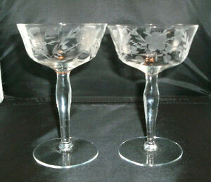 2-VINTAGE-50-60-039-S-OPTIC-GRAY-CUT-CHAMPAGNE-TALL-SHERBET-GLASSES-5-5-8-034