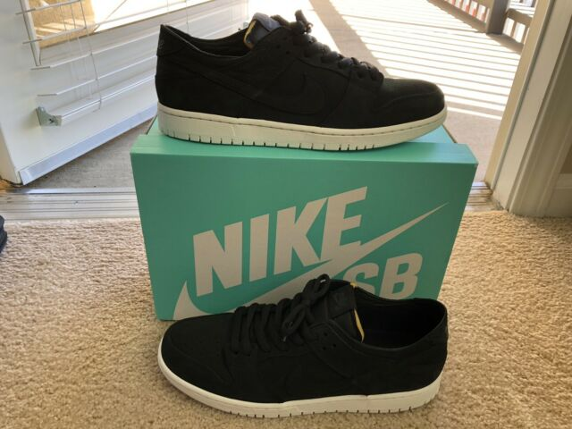 on sale 642f2 25a99 Nike Sb Zoom Dunk Low Pro Decon sz 12 Black Black Summit White AA4275 002