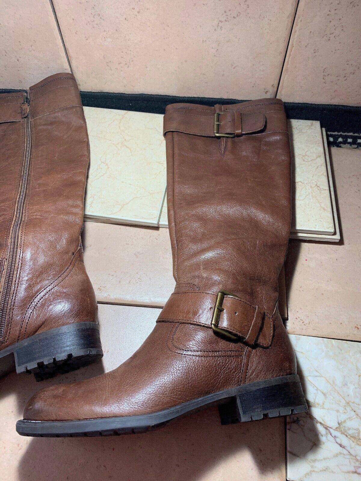 Franco Sarto  PLUTO  marrón botas de cuero suave. tamaño 7 M Excelente Estado.