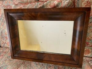 """1830'S AMERICAN EMPIRE FLAME CROTCH MAHOGANY OGEE MIRROR 24"""" x 17"""" EX CONDITION"""