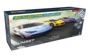 Scalextric C1388 Set Arcade Sunset Speedway