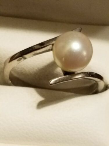 Vintage 18K Pearl Ring Size 7 White Gold Solitaire