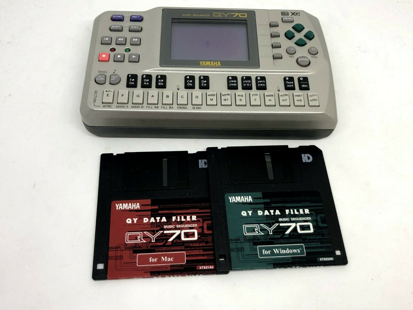 YAMAHA QY70 MUSIC SEQUENCER   used   Free Shipping   Japan
