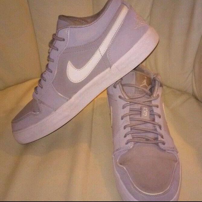 Seasonal price cuts, discount benefits Nike Air Jordans Mens Gray Low Tops Sneakers Sz 8 Basketball Court Shoes