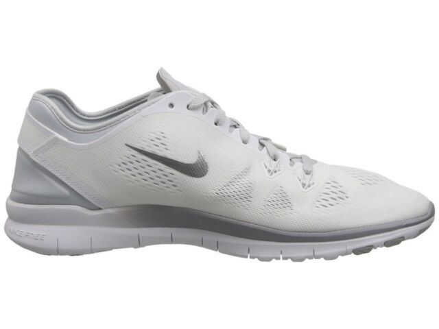 4eef396e13e1 Nike WMNS 5.0 TR Fit 5 White silver Training Shoes Sz 11 for sale ...