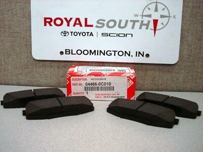08-17 SEQUOIA  REAR Brake Pads Toyota Ceramic 04466-AZ108 07-17 TUNDRA