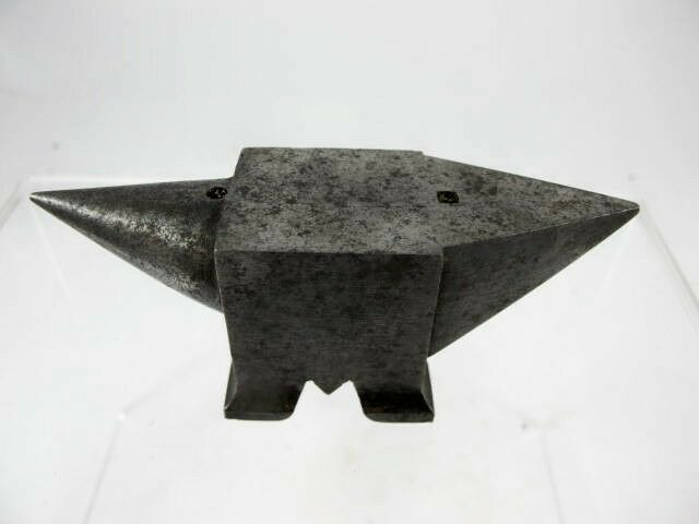 FINE QUALITY MODEL ENGINEERS ANVIL, 9.7 CM WIDE
