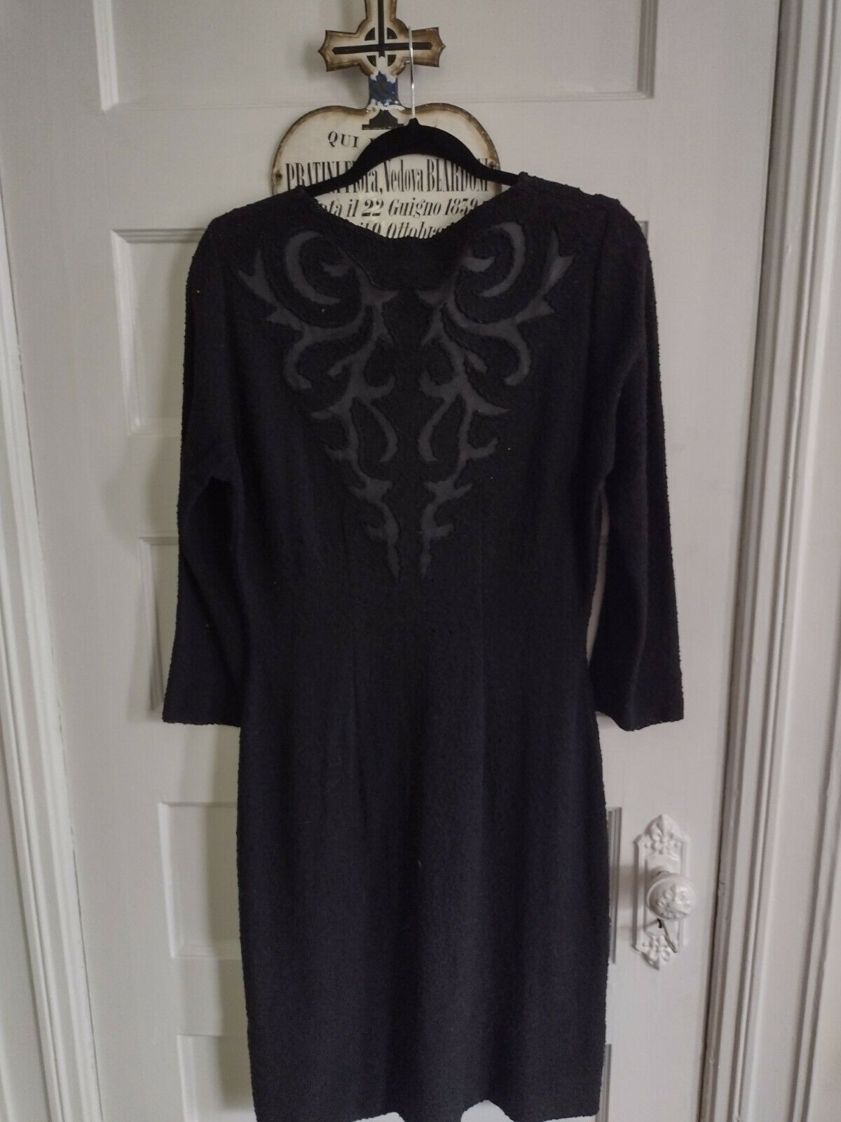 1940s Black Knit Dress With Satin Detail In Volup… - image 6