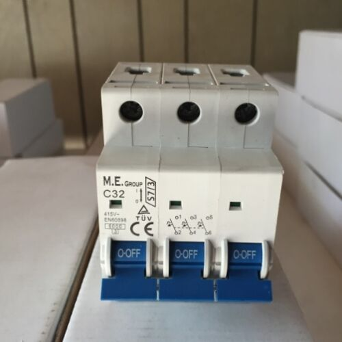 STOCK CLEARANCE * 3 pôle 16 Amp C Courbe MCB S73PC16 M.E groupe