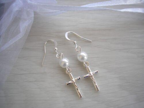 Pearl /& Crucifix Drop Dangle Earrings Holy Communion Church Religious Girls CX2