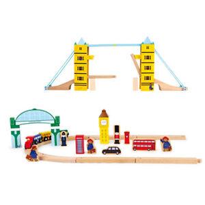Paddington-Baer-Holz-Eisenbahn-Spielset-Tower-Bridge-small-foot-Lokomotive-Spiel