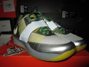 14818c455ef1 NIKE ZOOM REVIS OREGON DUCKS PE WIN THE DAY SILVER SIZE 12 TRAINER ...