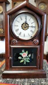 New Haven Gothic Gem Cottage Shelf Clock