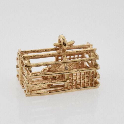 14k YG Textured Lobster Trap With Lobster Pendant