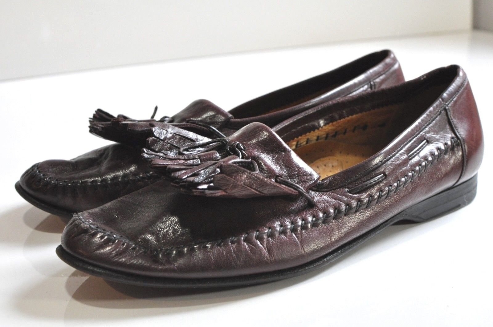 Santoni Mens leather loafers size 9 made in