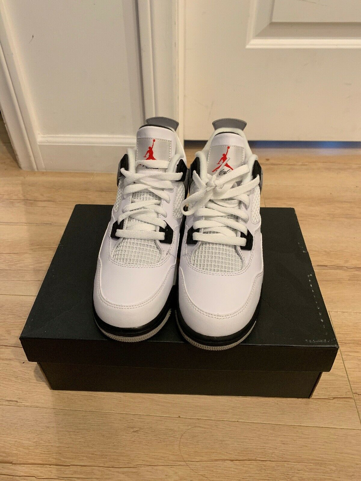 Air Jordan Retro 4 White Cement Size 6
