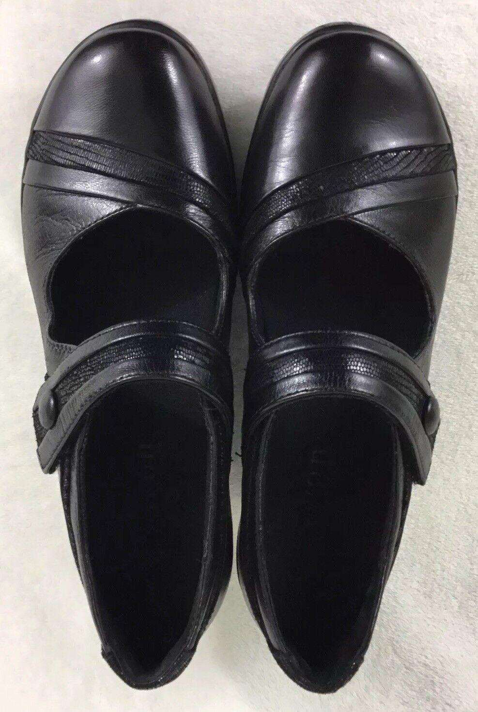 Aravon Anna Women's Black Leather Mary Jane Shoes WSA04BK Size 8B EUC