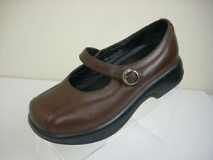 Dansko Tamara Brown Burnished Leather Buckle Strap Clogs Shoes Size 7.5-8/38
